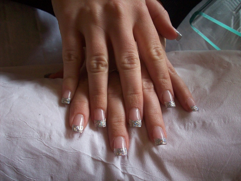 Remarkable Silver Glitter Acrylic Nails 800 x 600 · 168 kB · jpeg